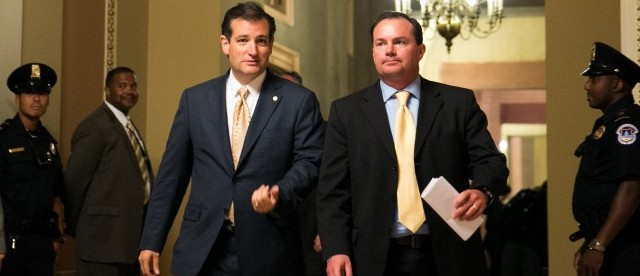 Conservatives: Defund Obamacare or shut down the government