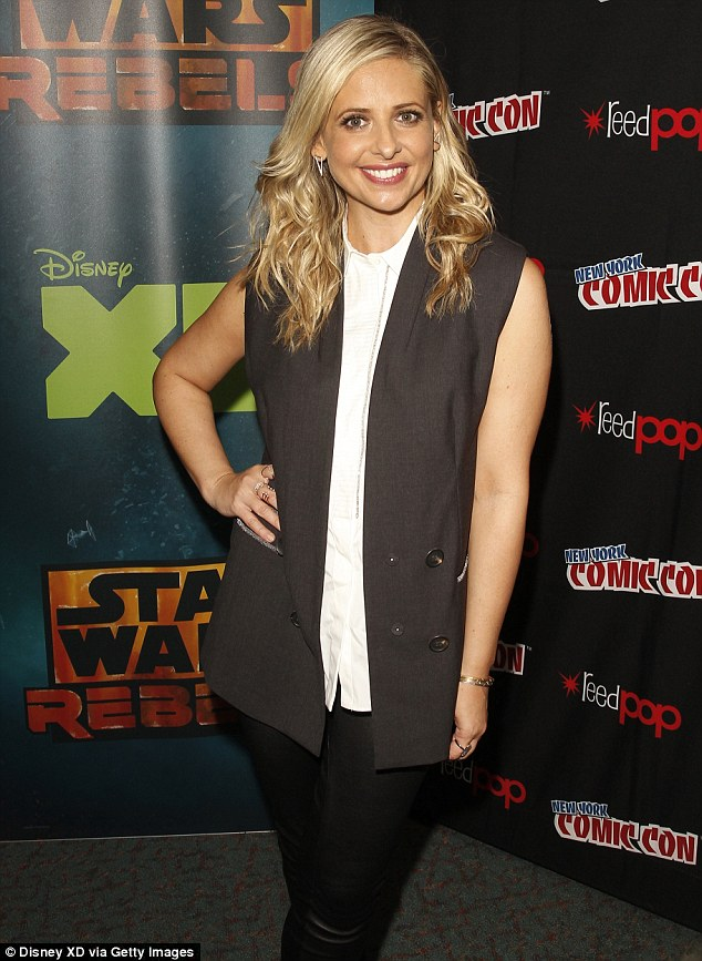 Sarah Michelle Gellar at Comic Con as her Star Wars Rebels role details are …