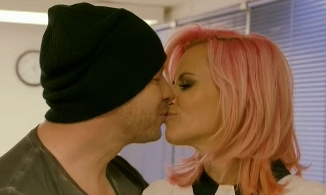 Jenny McCarthy takes Donnie Wahlberg's name in first episode of their show
